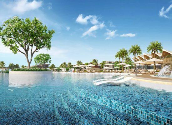 Infinity pool and beachclub