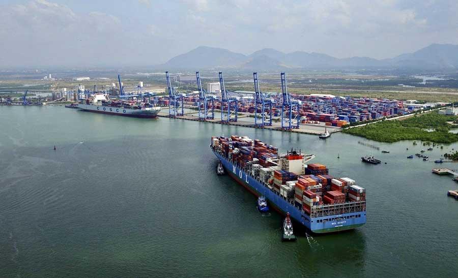 Cái Mép - Thị Vải là một trong những cảng trung chuyển nước sâu hiện đại, được đầu tư đồng bộ